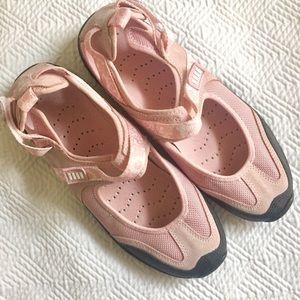 🍁FALL SALE🍁 Lands End Walking Sandals